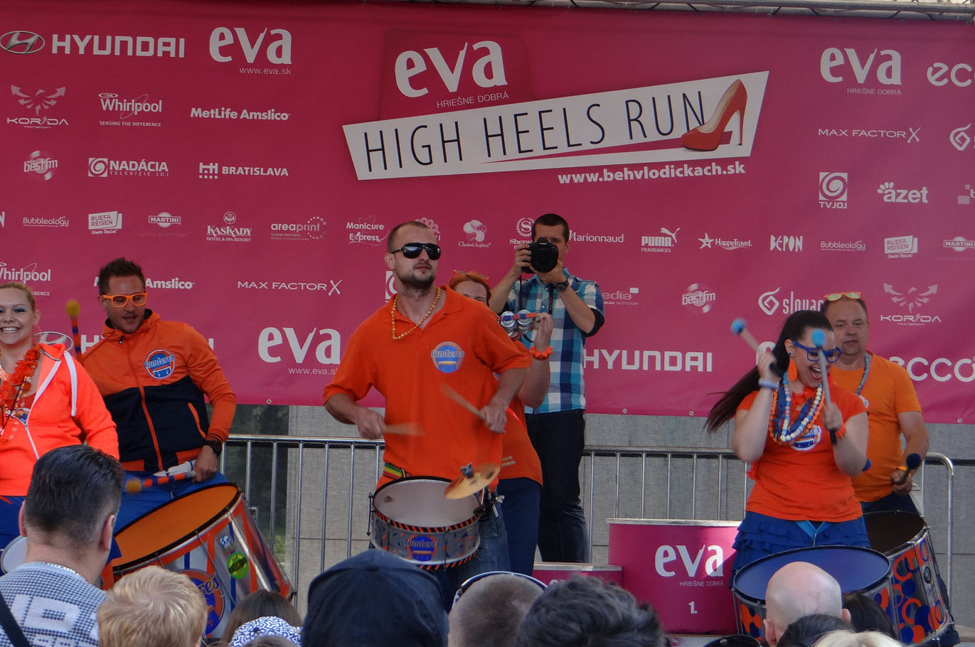 Eva High Heels Run